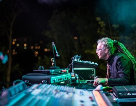 Siesta na tarasie: Joint Venture Sound System fot. Roman Rogalski