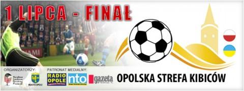 opolska-strefa-kibicw-01-07-2012-rozdawanie-wejsciwek-1930
